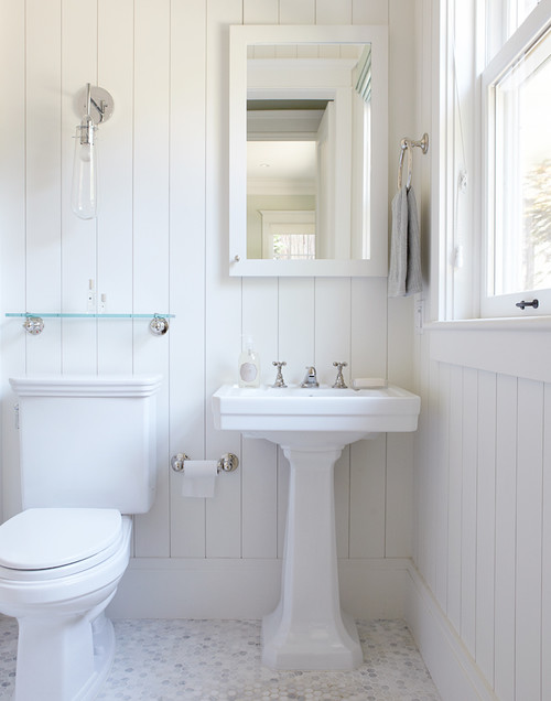 Seeing Your Small Bathroom In An Interesting Style