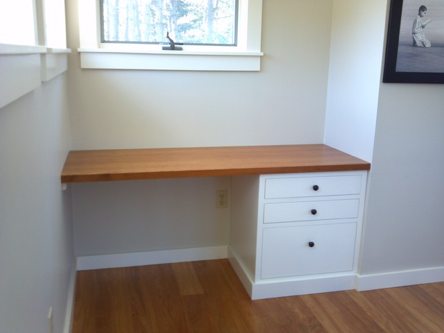 Wide Wood Board Built-in Desk