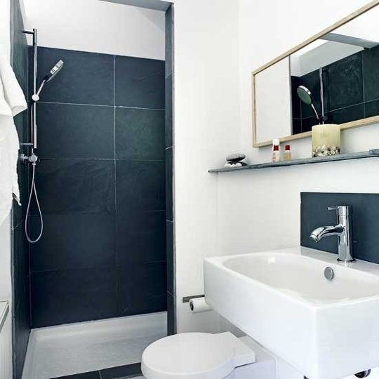 Dark Blue Walls Shower