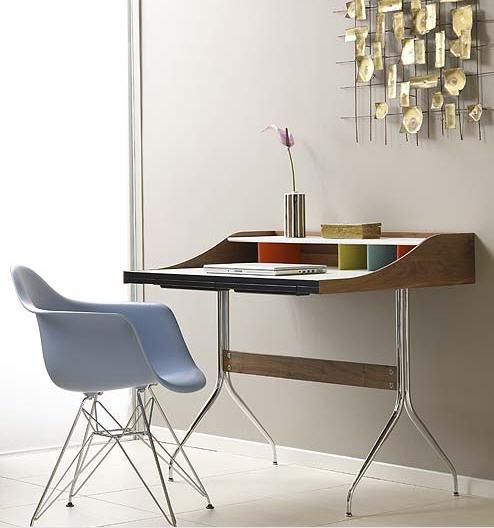 Beautiful Simple Desk Concept