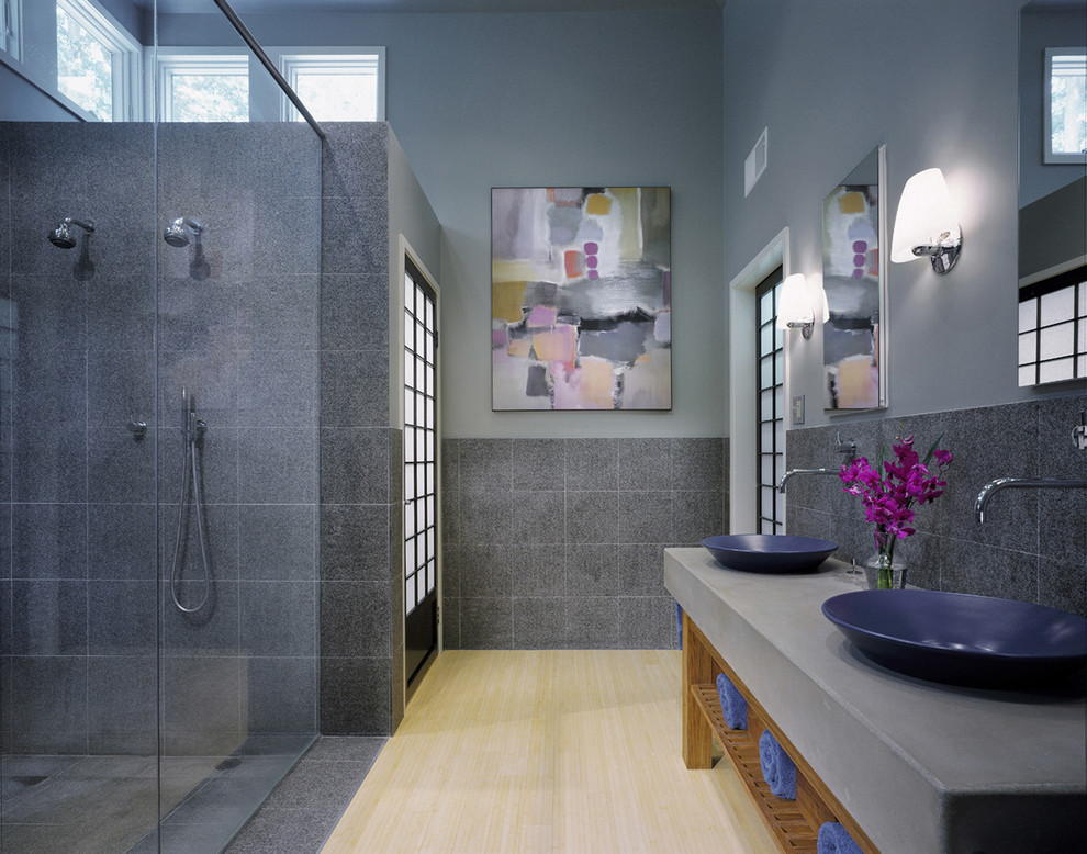 Blue and grey bathroom ideas for Bathroom designs gray