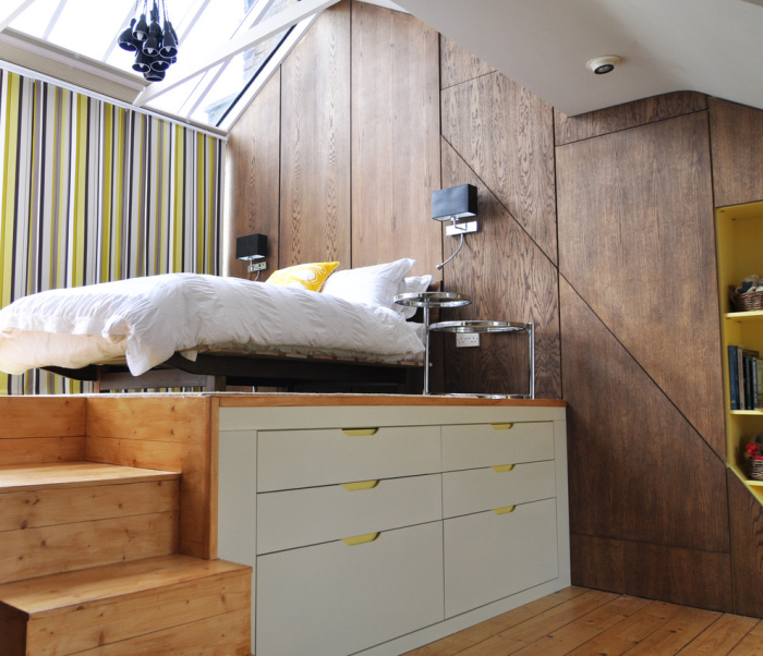 Contemporary-Bedroom-with-an-office-bed-idea-on-a-higher-podium
