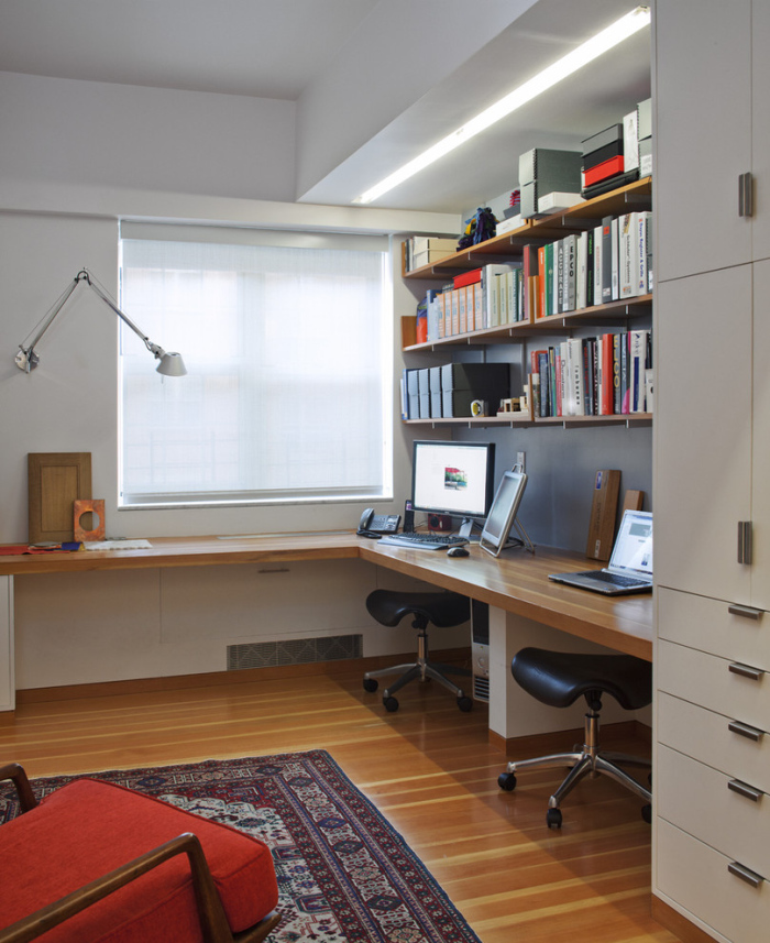 Contemporary-Home-Office-image-idea-with-white-cupboard