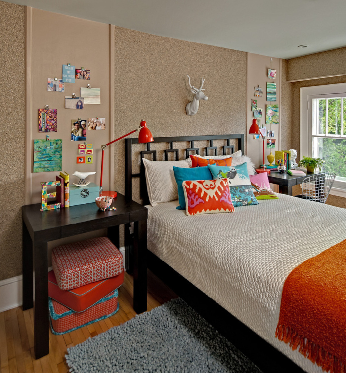 Contemporary-Kid's-bedroom-with-plain-coloured-cork-board-idea-for-office