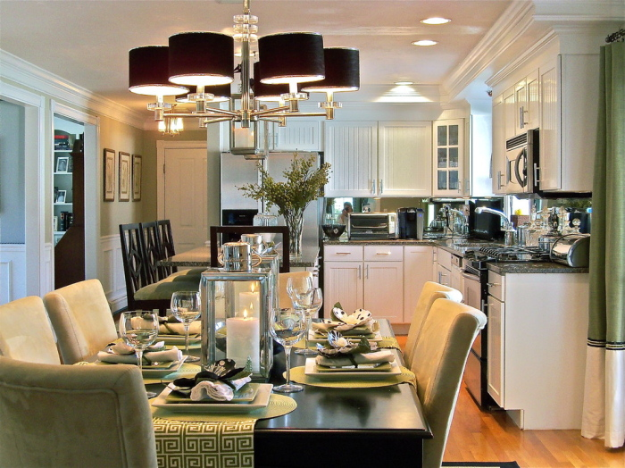 White-and-black-contemporary-G-shaped-Kitchen -layout-idea