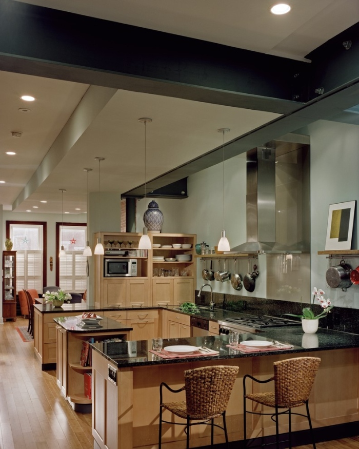 Contemporary-G-shaped-Kitchen-layout-idea