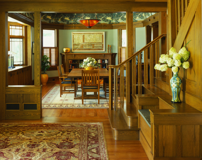 Craftsman-Dining-Room-with-ice-green-wall
