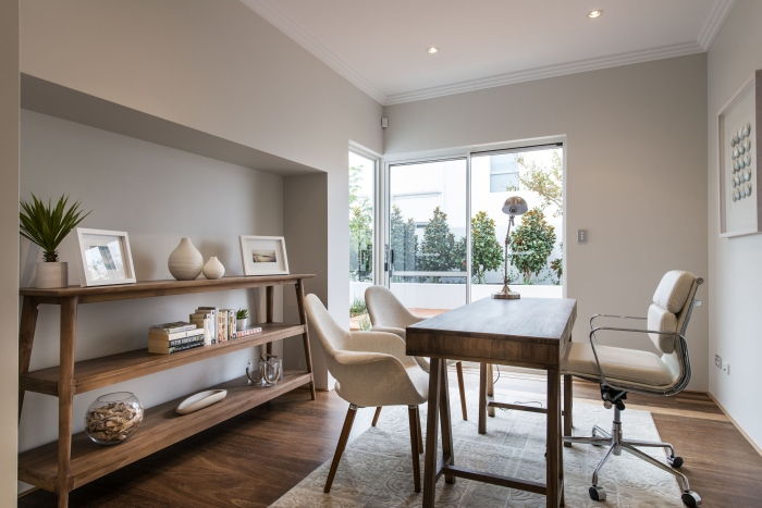 An-interior-Romano-crescent-residence-with-cool-coastal-setting-in-Etesian,Australia