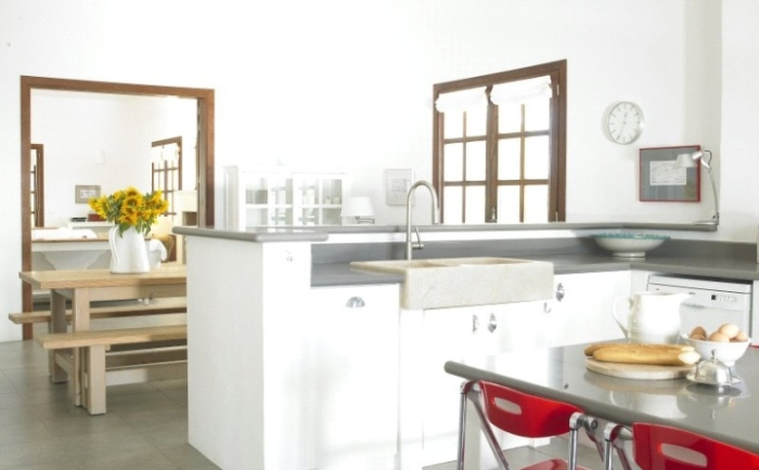 Contemporary-Kitchen-And-Dining-Interior-Design