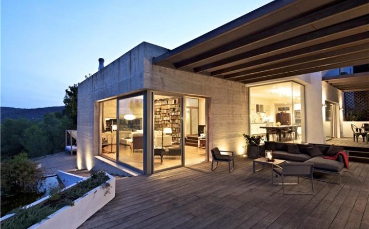 Bright-and-villa-modern-design