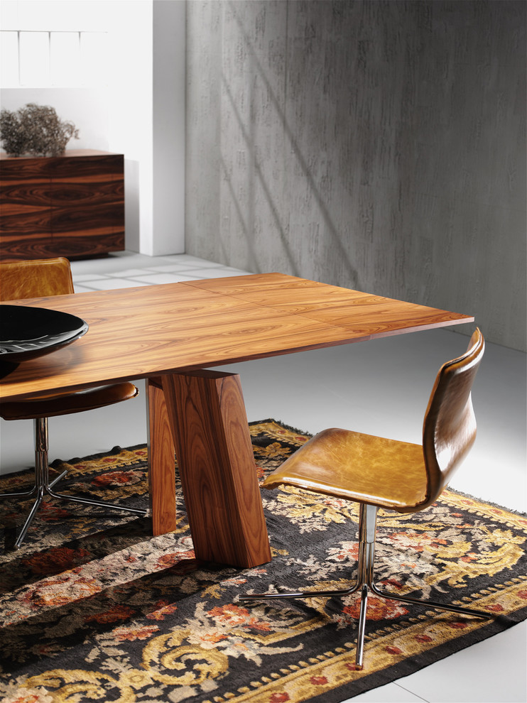 modern home office with wooden custom office furniture design