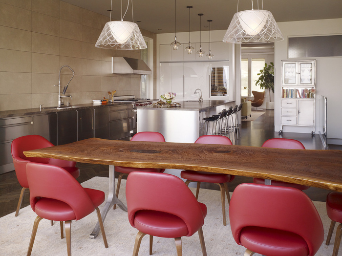 Grey-white-and-red-Kitchen-with-a-wooden-dining-table
