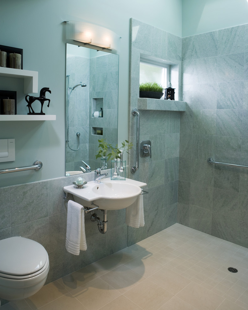 10 wet room designs for small bathrooms for Small restroom design ideas