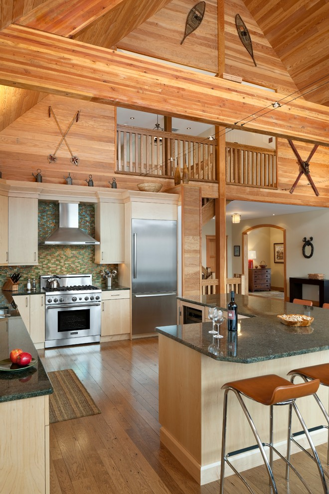 Rustic-G-shaped-Kitchen-layout-idea