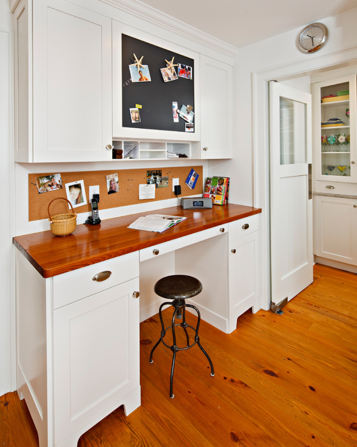 Traditional-Kitchen-with-a-velvet-cork-board-idea-for-office