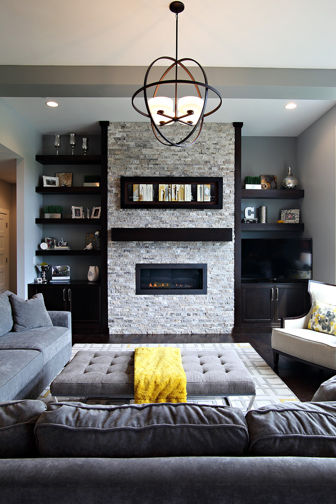 Transitional-Living-Room With Contemporary Style Clothe Cover Coffee Table Top