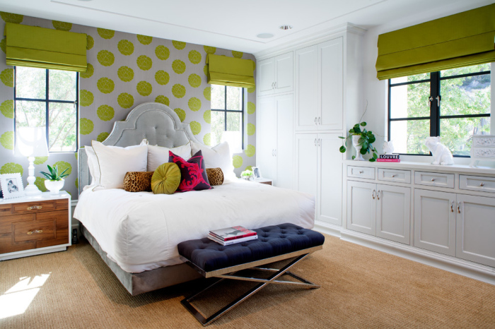 White-and-lime-green-bedroom-with-a-black-tufted-bench