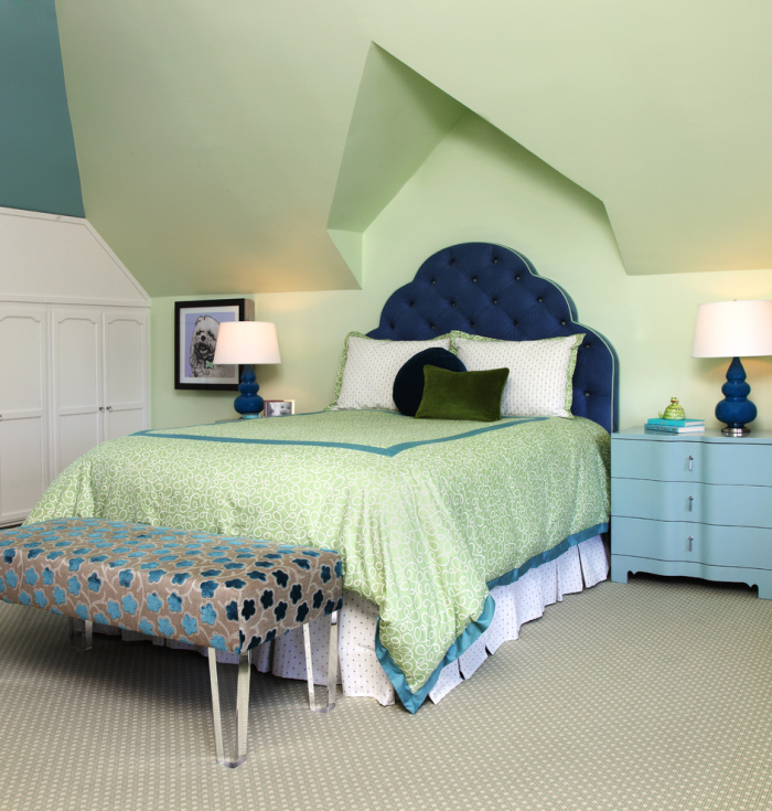 White-blue-and-lime-green-kids-bedroom