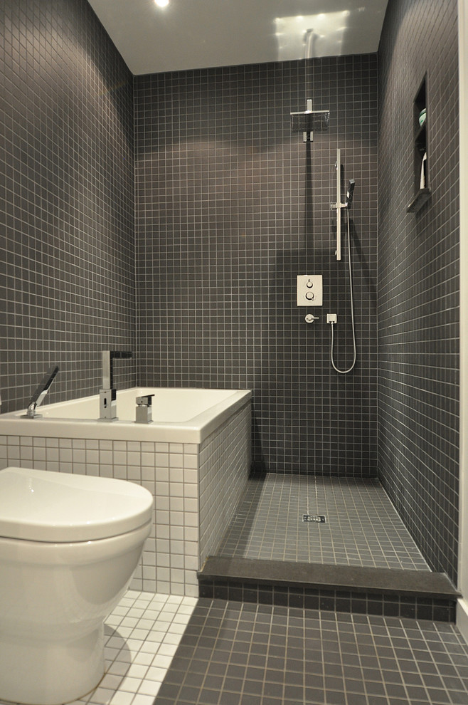 10 wet room designs for small bathrooms for Bathrooms for small areas