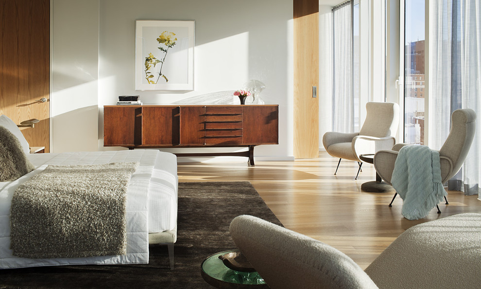 brown-rug-with-white-beddings-bed