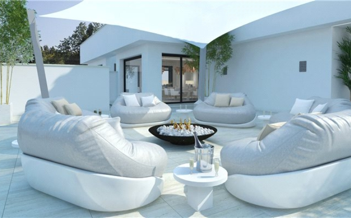 luxury outdoor living room