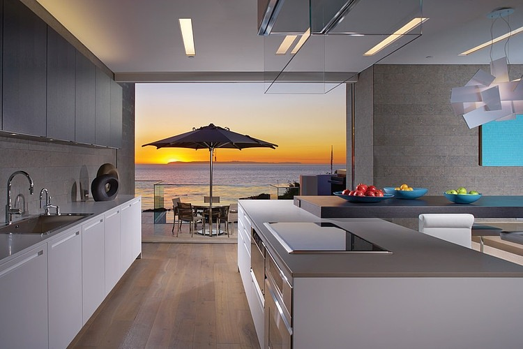 Rockledge Residence With Beautiful Skyline Ocean Views