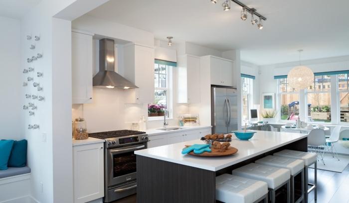 White-modern-kitchen-design
