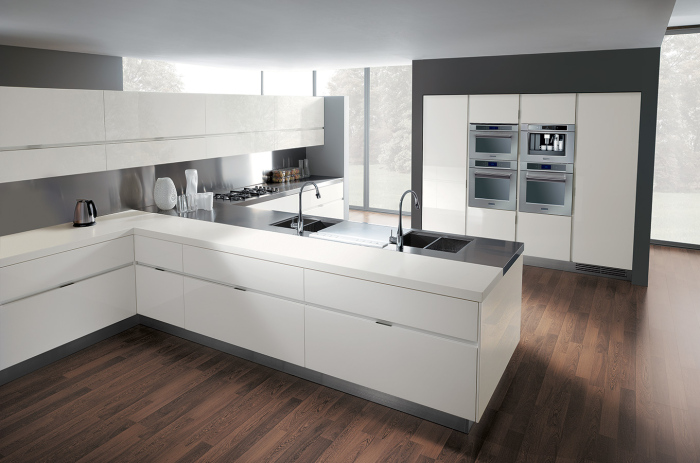 white-and-grey-modern-kitchen-with-an-Italian-kitchen-work-table-idea