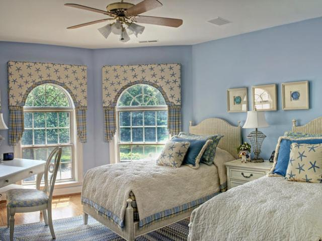 10 country cottage bedroom decorating ideas for Coastal bedroom design