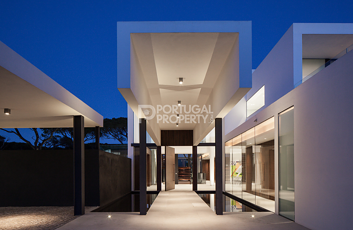 entrace of modern house