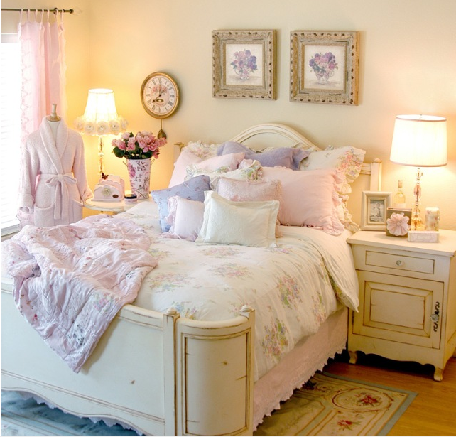 A rosy vineyard bedroom