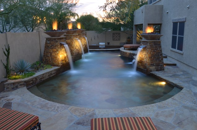 Modern-swimming-pool-waterfall-idea