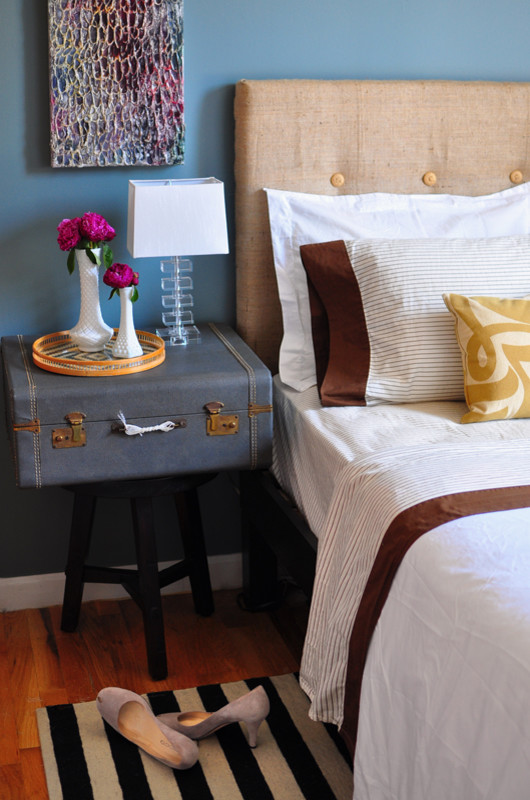 cool bedside table looks great in a bed nook