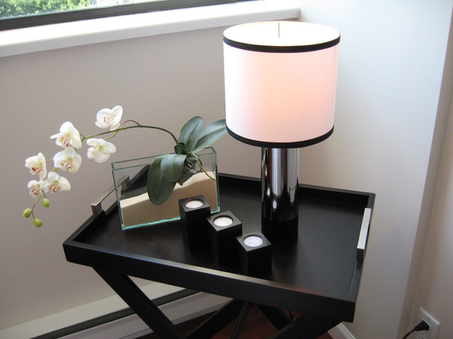 Lamp that is given a candle-look