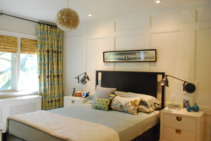 Its shape is flower-inspired, adding a different texture in this room