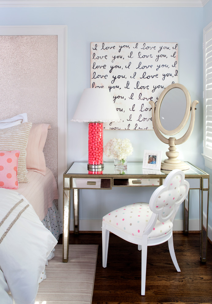 It coordinates with that delicious dotted chair and throw pillow on the bed