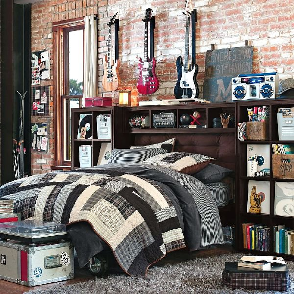 bedrooms are designed according to teenage'hobby.