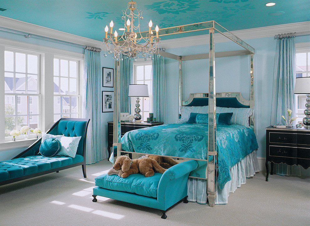 four poster bed bedroom