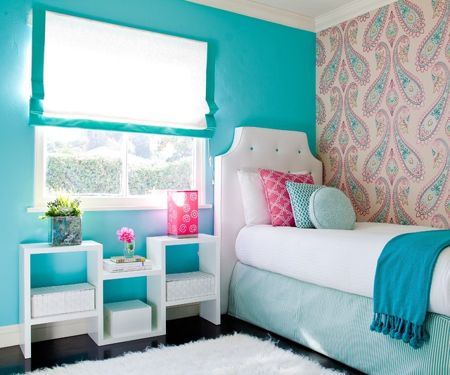 The teal and white is a superb color combination