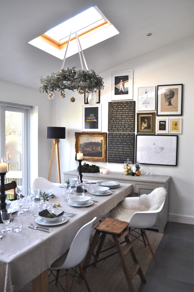 small dining room with nice picture wall art