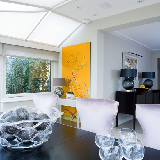 Modern dining in Conservatory