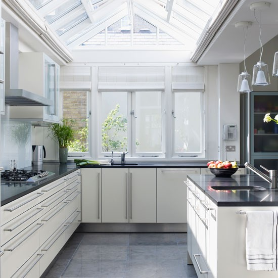 10 small conservatories ideas for Extension to kitchen ideas