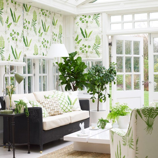 wallpaered conservatory