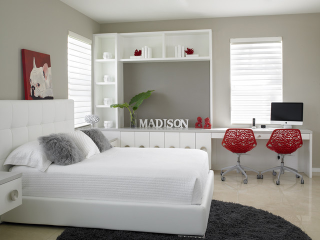 Teen's bedroom with a touch of red