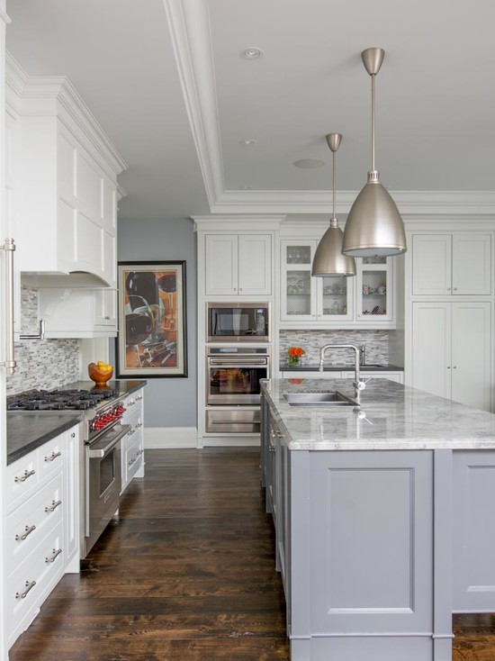 Warm and grey kitchen cabinets ideas for Gray and white kitchen decor