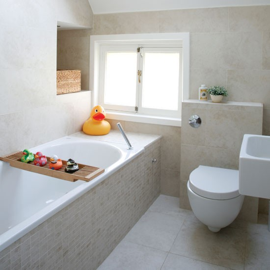 The white pale walls give more space to the bathroom
