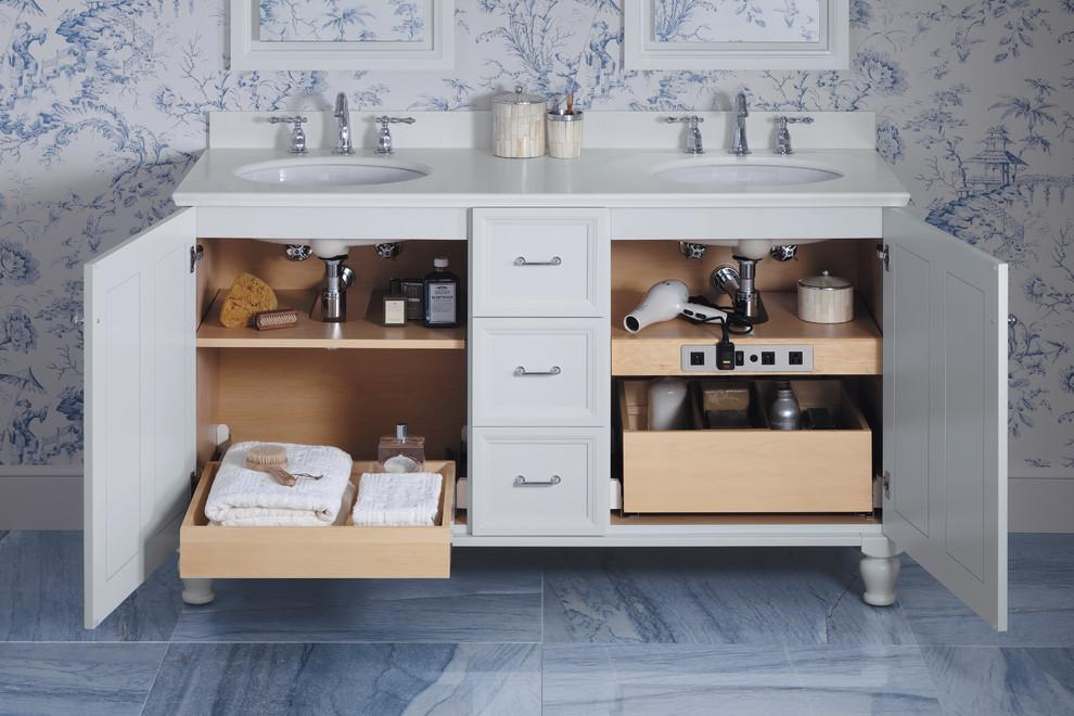 5.Storage spaces under the sink