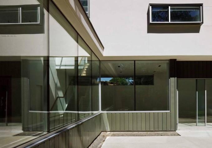 usage of glass door