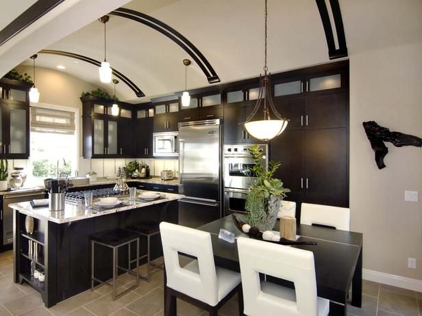 L-shaped kitchen design with arched ceiling