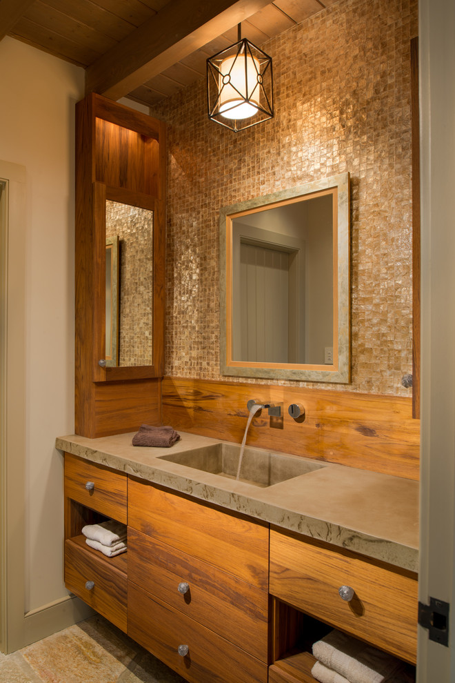 Rustic small bathroom ideas for Bathroom designs rustic